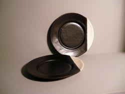 Bell-Bowl-Plate-in-Graphite-Black