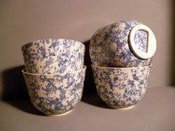 Set of 4 Bell-Bowls-13.5cm-Dia-Blue Slip Sponged