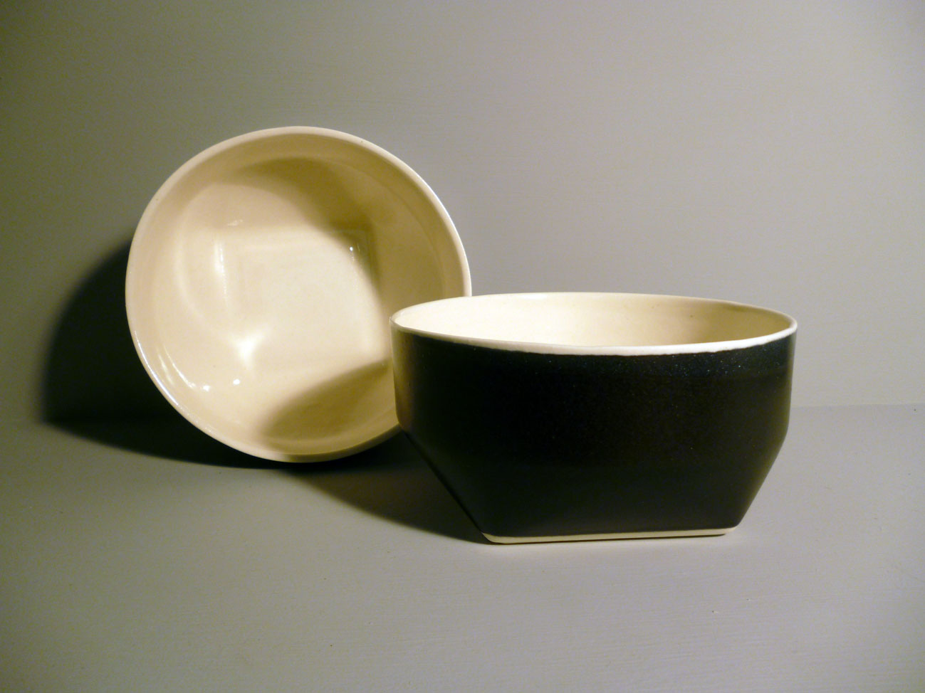 Geo-Bowls-14cm-x-7cm-in-Graphite-Black
