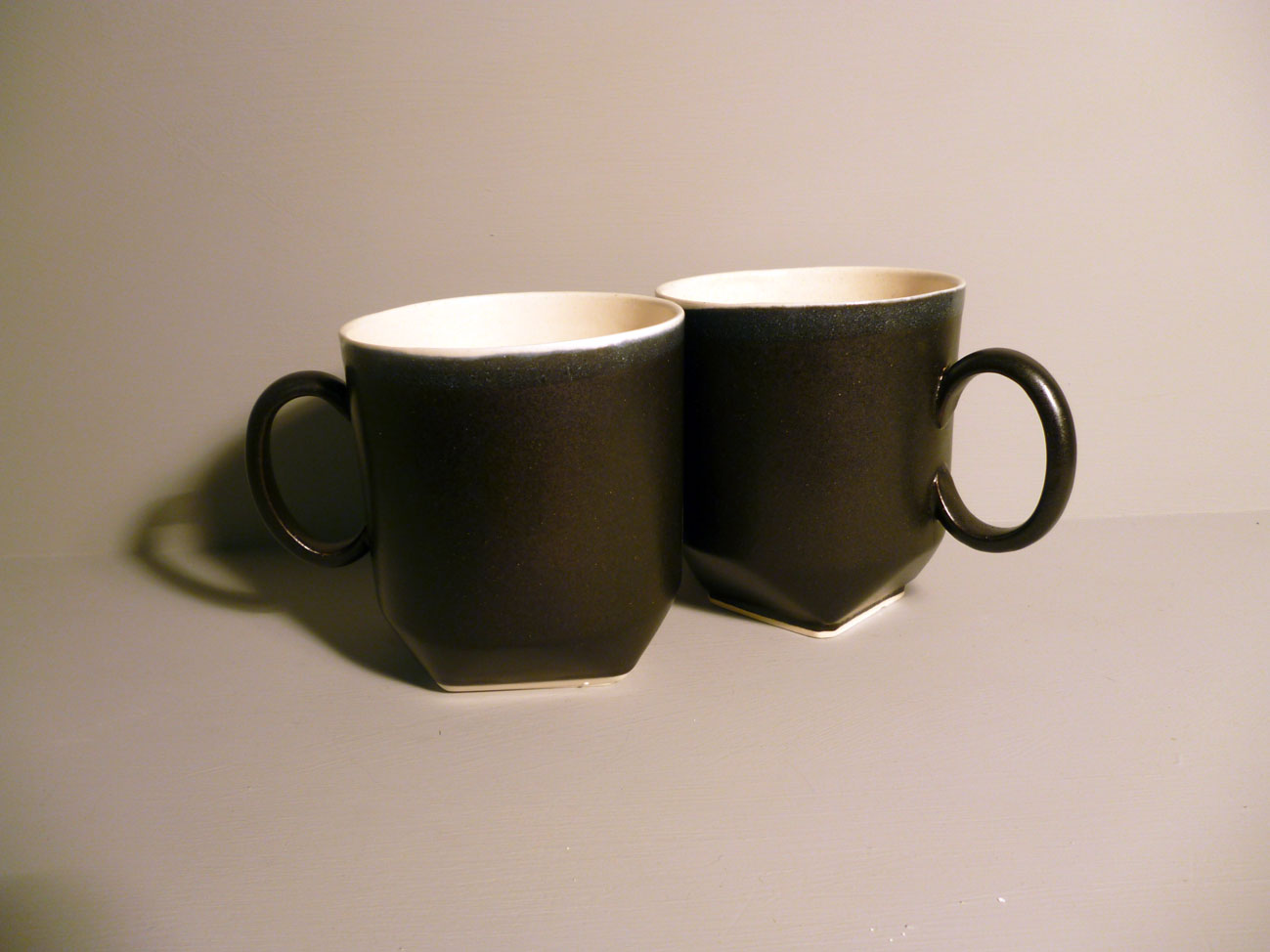2-x-350ml-Geo-Mug-in-Graphite-Black