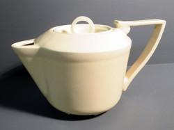 Teapot-in-Retro-Yellow