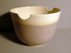 Medium-Bell-Bowl-in-Ochre