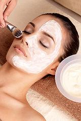 Soin fermeté, Soin anti-tâches, Soin électrostimulation, Lift visage aux microcristaux, soin anti-rides, raffermissant, Nettoyage de peau, anti point noir, hydratant,  anti-cicatrices d'acné
