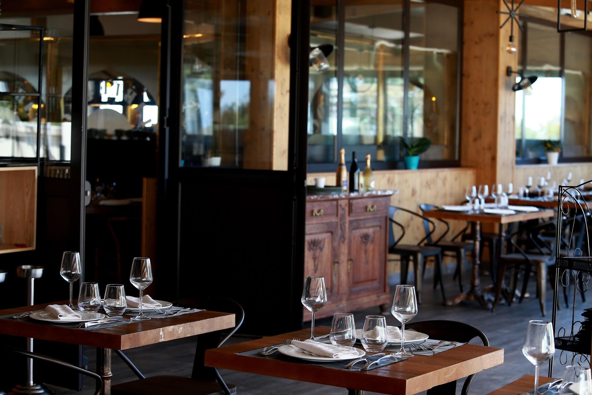 Table D Oc Buffet A Volonte Sete