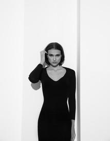 Фотограф: @ksenia.dolgorukova Макияж и укладка: @k.marinich Ассистент стилиста: @rreintelle Модель: @valmoroza