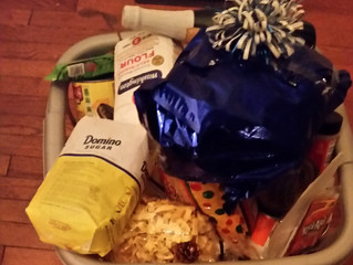 Washington DC Provided Five Thanksgiving Baskets to Area Families