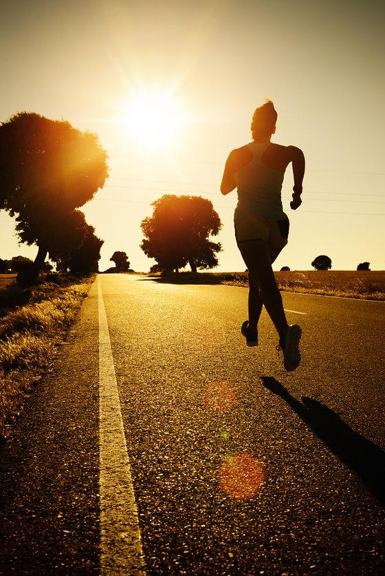 Womenrunnin.jpg