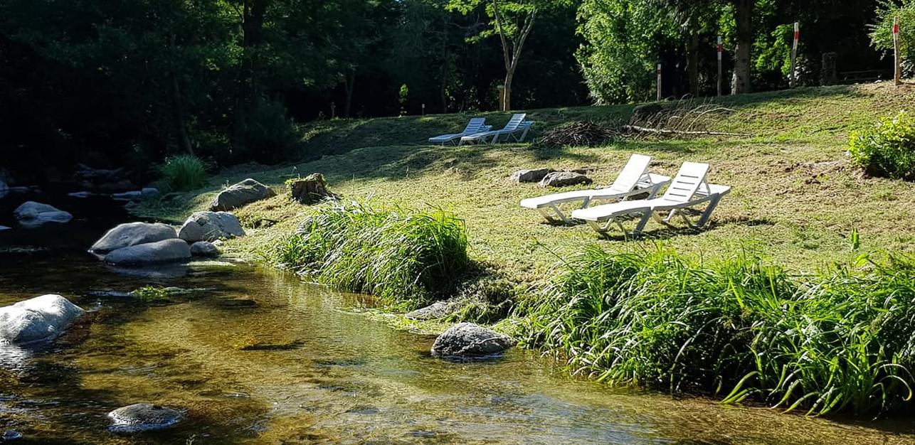 bord de rivière au camping