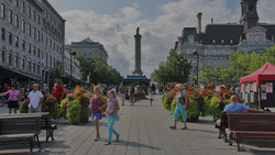montreal-place-jacques-cartier-summer_ed
