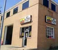 storefront corner (3).jpg