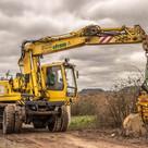excavators-1212472_960_720.jpg