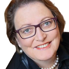 Annette_Zühlke_(2)_bearbeitet_bearbeitet_bearbeitet_bearbeitet_bearbeitet.png