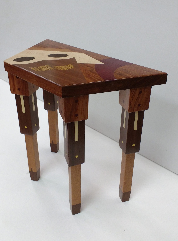 trapezoid table