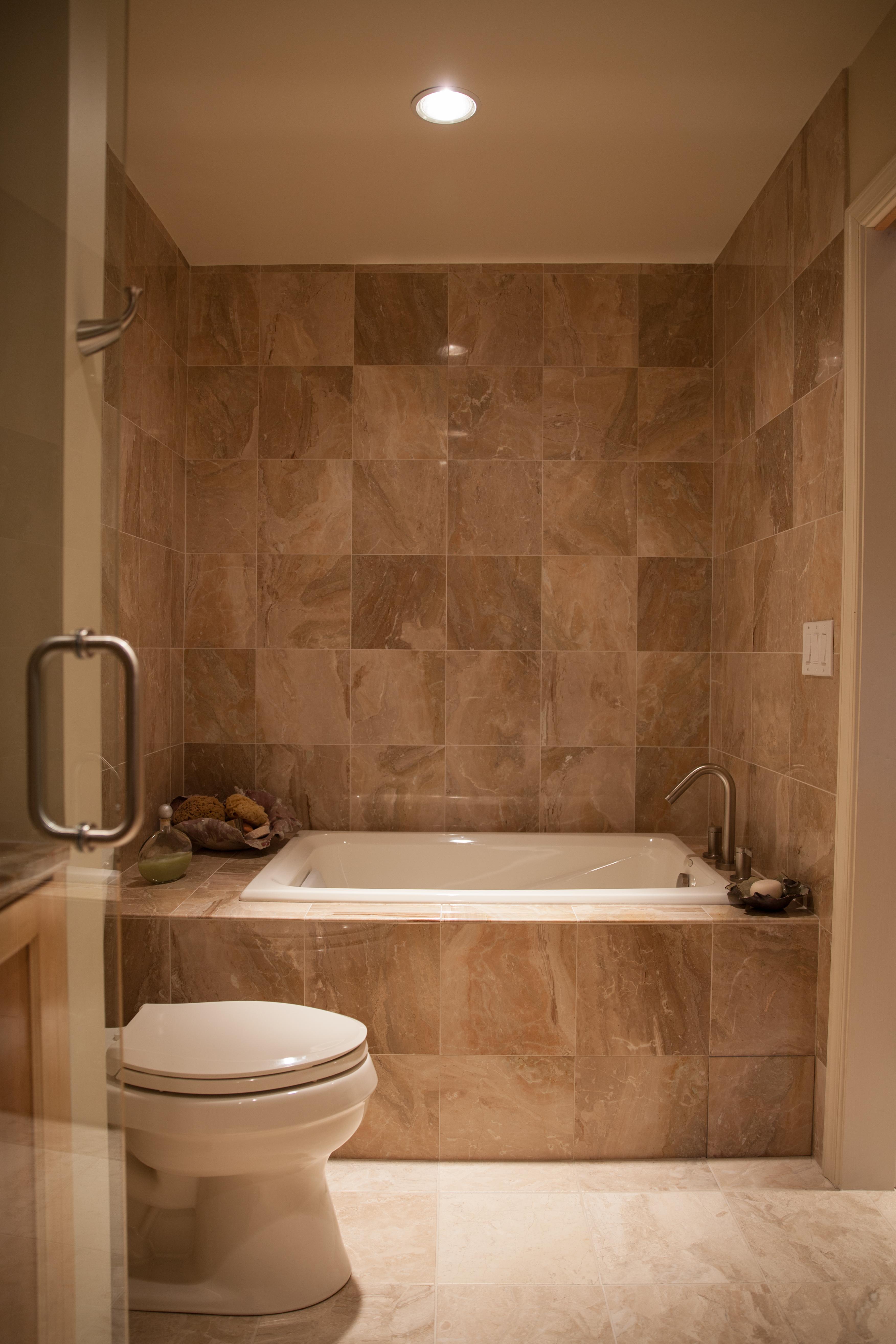 Custom Bath & Tile
