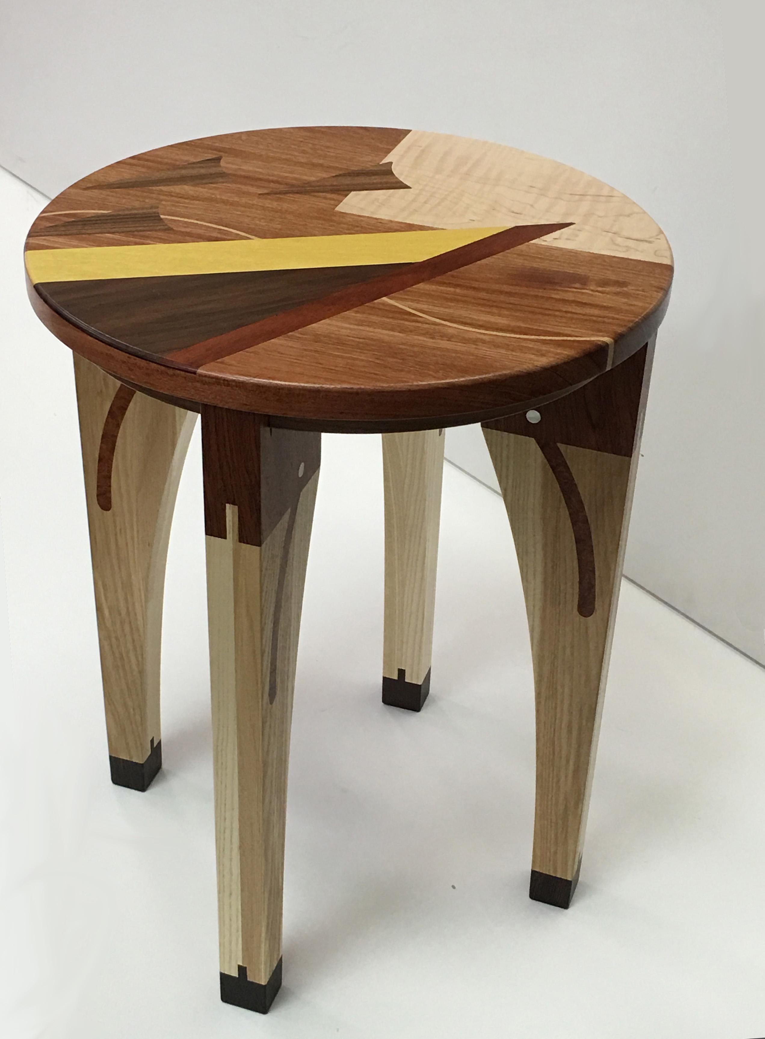 round table v.1