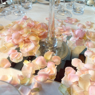 Aperitivo decor with petals