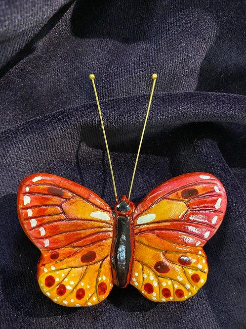 Round wings in fuchsia