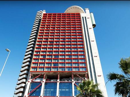 La venta de Hesperia Tower, en el aire por la situación política