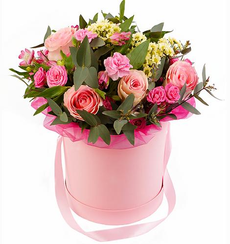 Шляпная коробка с цветами прованс