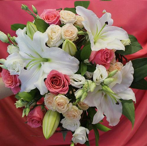 Букет лилий и роз