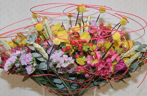 Альстремерия с орхидеей