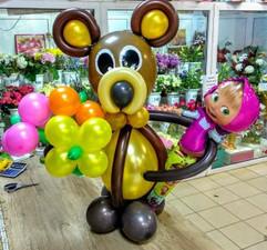 Маша и медведь фигура из воздушных шаров