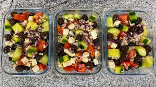 Simple Mediterranean Salad (Keto friendly)
