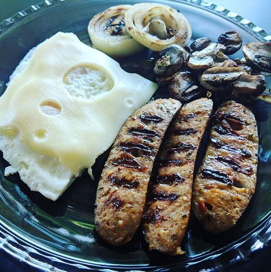 Breakfast! I am so into breakfast! 😍✨ W