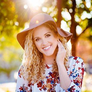 lindsey martin photography, cameron b. carson, makeup artist, headshot, professional makeup artist, professional photographer