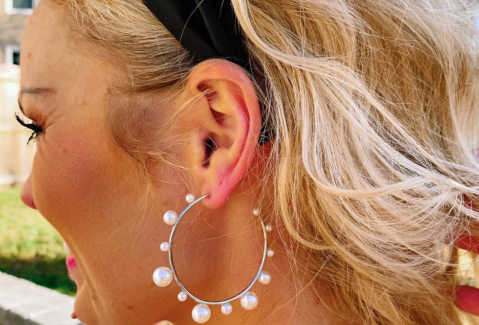 CLASS ACT- silver pearl hoops
