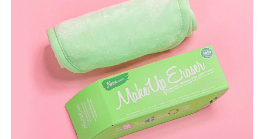THE MAKEUP ERASER - neon green