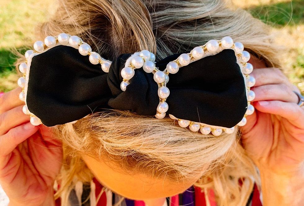 PEARL KINDA GIRL- black+ pearl headband