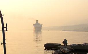 Ferry Boat πρωινό στο λιμάνι_0003 copy.J