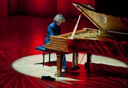 Oliver Live at Cadogan Hall