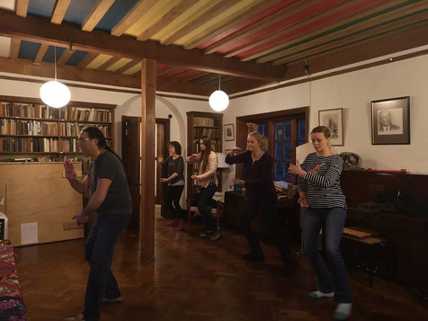 Tai Chi session in Cornwall led by Nick Cheang