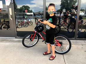 Utah Volunteers Build Bikes with Squatter's for Underserved Youth