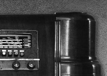 Radio_TopRight.jpg
