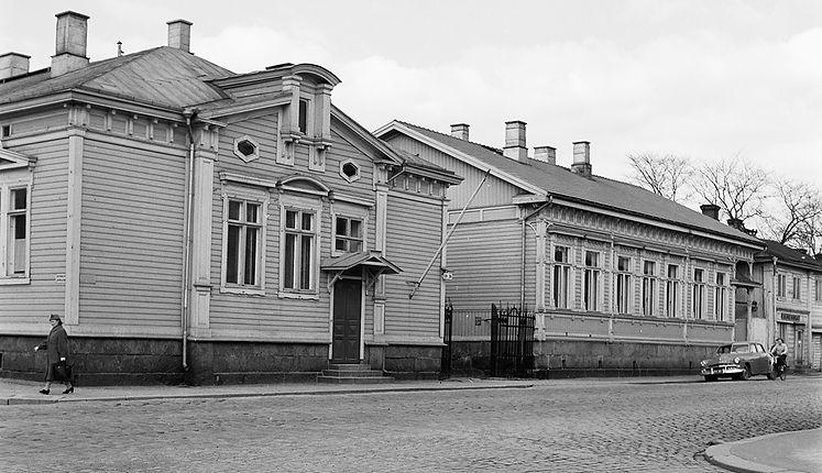 Linnankatu 29 vuonna 1957.