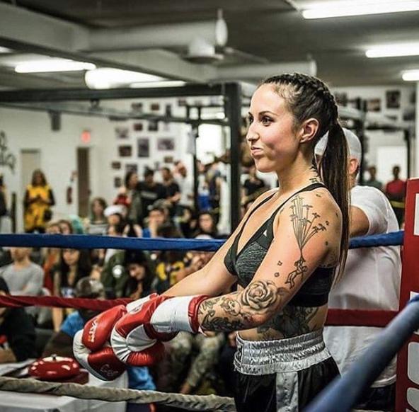 Vegan Fitness coach Zoe Peled