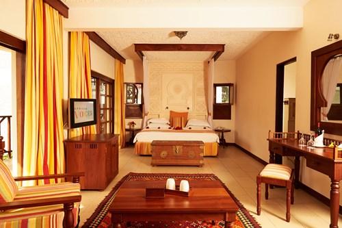 Village-Master Suite 1