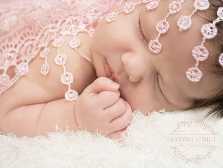 Newborn photo shoot - what to expect?