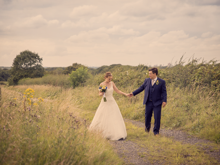 Elaine & Ricardo: Wedding at Beeston Manor in Preston
