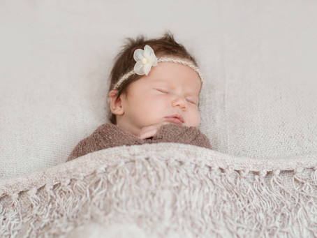#NEWBORN- baby Aria photo session