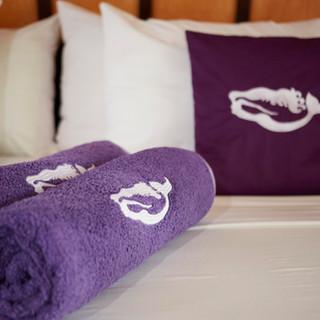 purple pillow - F.jpg