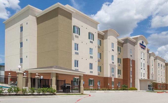 candlewood-suites-houston-6191096079-2x1