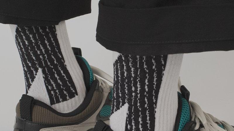Dark White - LANDING Socks
