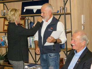 Silberne Ehrennadel für Ralf Höll