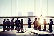 نحن نشكل شراكات طويلة الأمد مع موظفينا