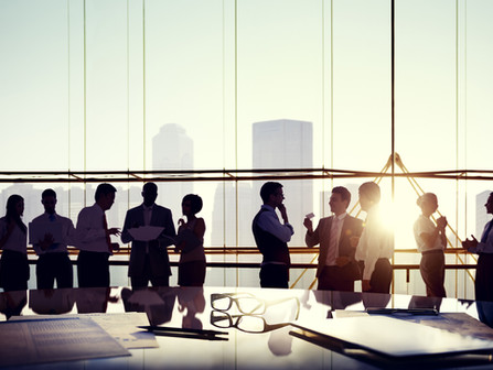 The Effective Board Meeting: A Minute-by-Minute Guide for CEOs