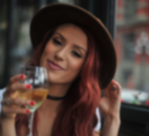 woman-drinking-wine.png